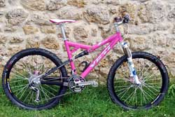 cycle, cycles et nature : magasin de vente et de reparation de velo a bordeaux, vtt yeti alloy pink